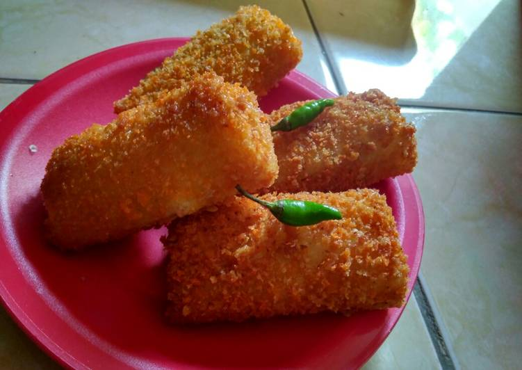 risoles ayam pedas foto resep utama Resep Indonesia CaraBiasa.com