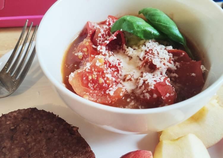 Recette: 🌺 Soupe de tomates rustique maison