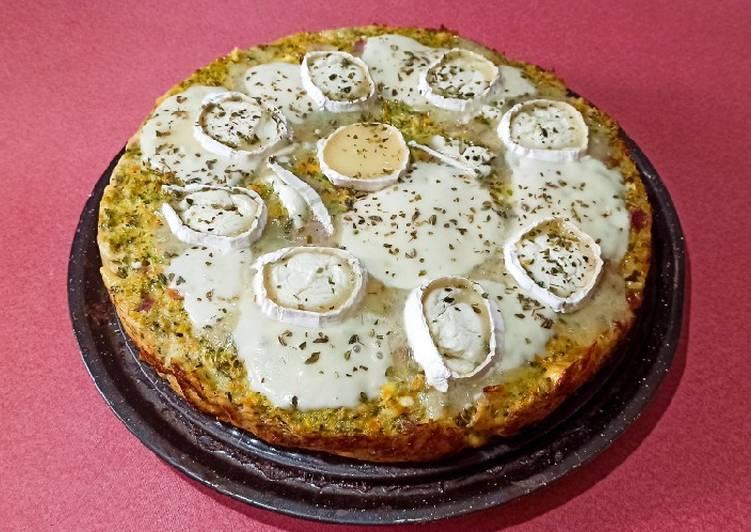 Pastel salado de queso de cabra, mozzarella y lacón