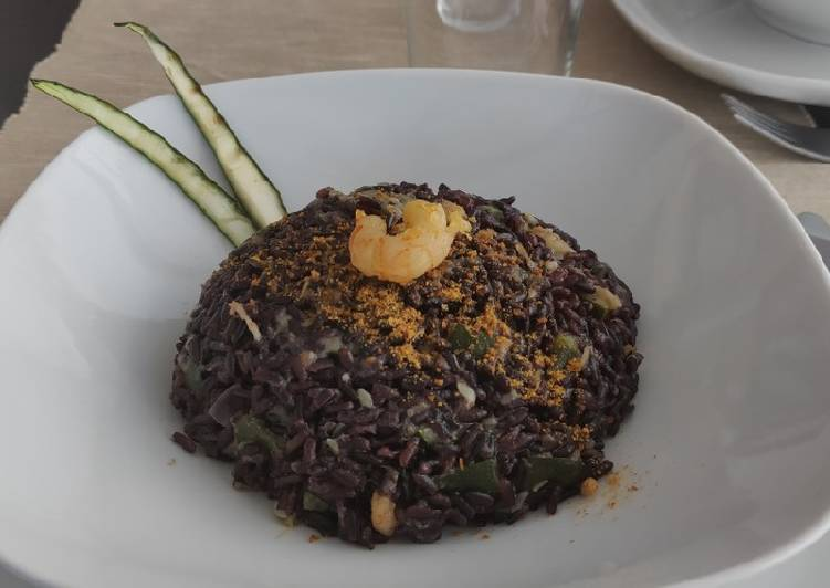 Recipe: Tasty Venere rice with shrimps, courgettes and bottarga