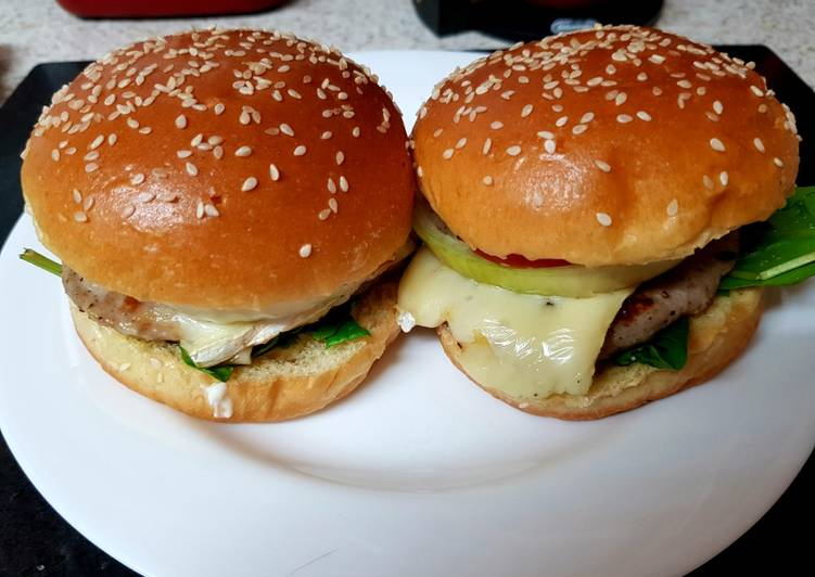 Recipe of Any-night-of-the-week My Sausage Meat & Melted Brie on Brioche Bun. 😘