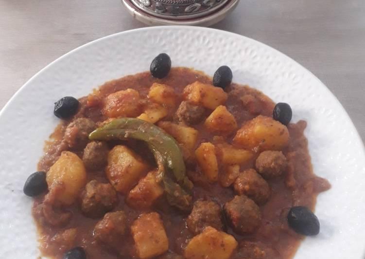 Tajine boulettes de kefta (viande hachée) et pomme de terre