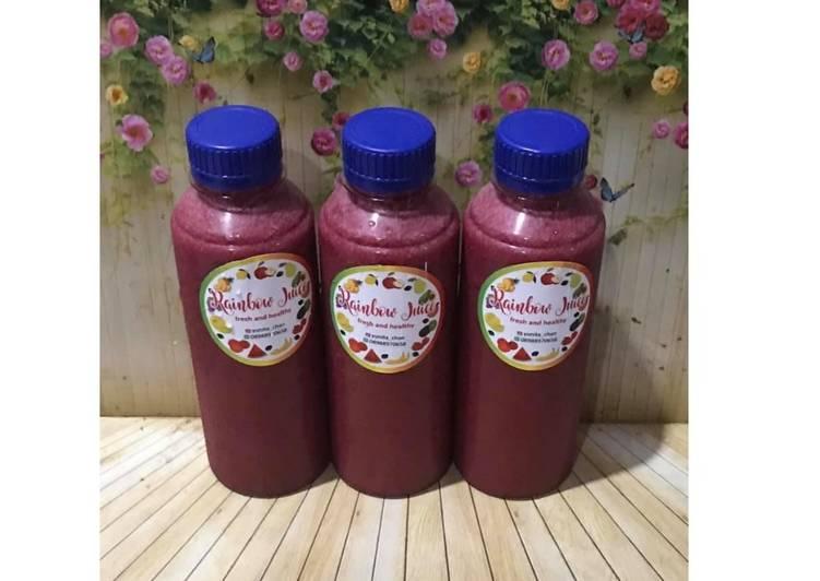 Diet Juice Strawberry Blueberry Watermelon Kiwi Beetroot