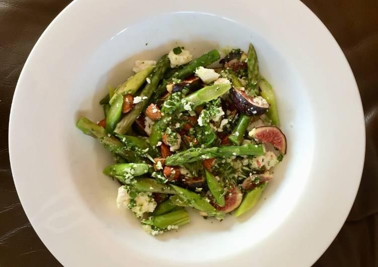 Asparagi con fichi e pesto (always sounds good in Italian) Lean in 7
