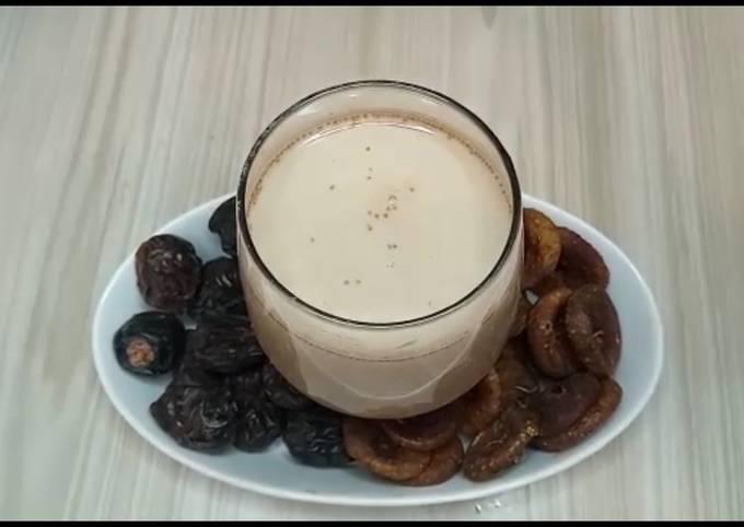 Date fig and chocolate milkshake