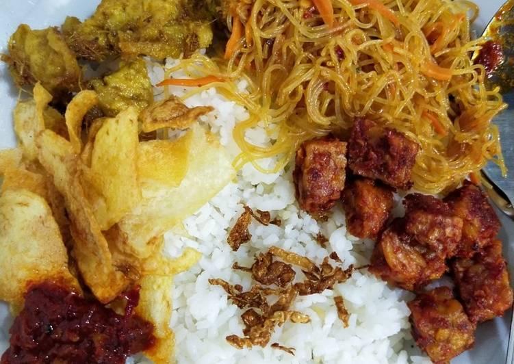 Nasi Uduk / Nasi Lemak Ricecooker (vegan)