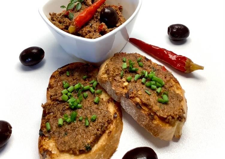 Tapenada z suszonym pomidorem i papryczką piri-piri🌶🌱 główne zdjęcie przepisu