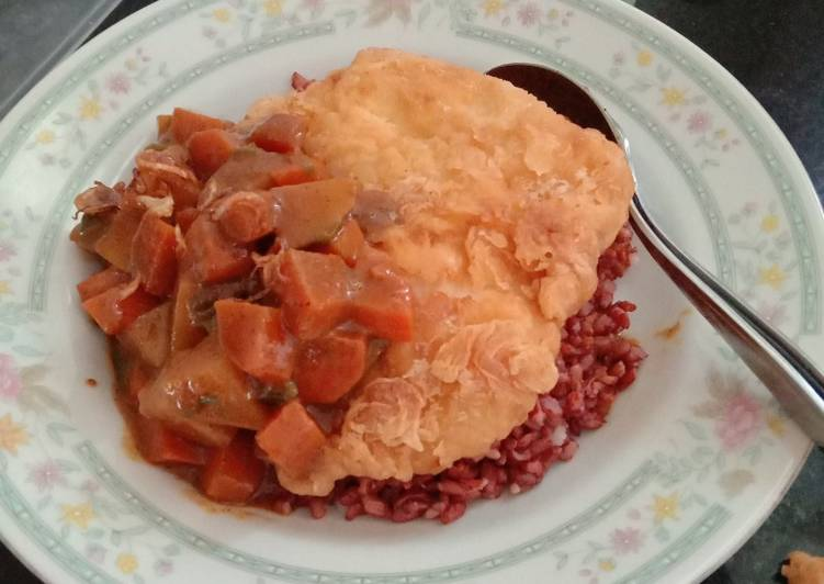 Cara Mudah Membuat Kare ayam crispy, Enak Banget