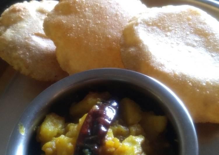 Bedmi puri & Potato vegetable