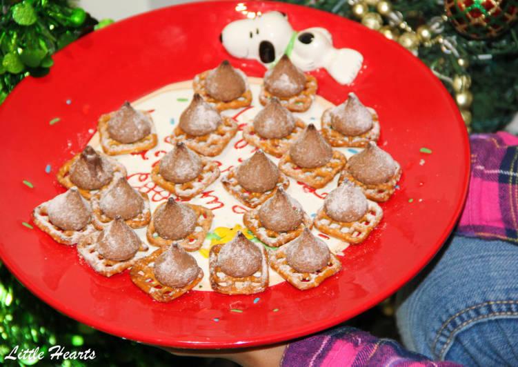 10 Minute How to Make Blends Chocolate Pretzel Kisses