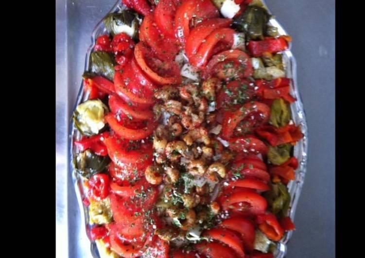 Comment faire Faire Savoureux Salade de tomates poivrons poireaux endives et gambas