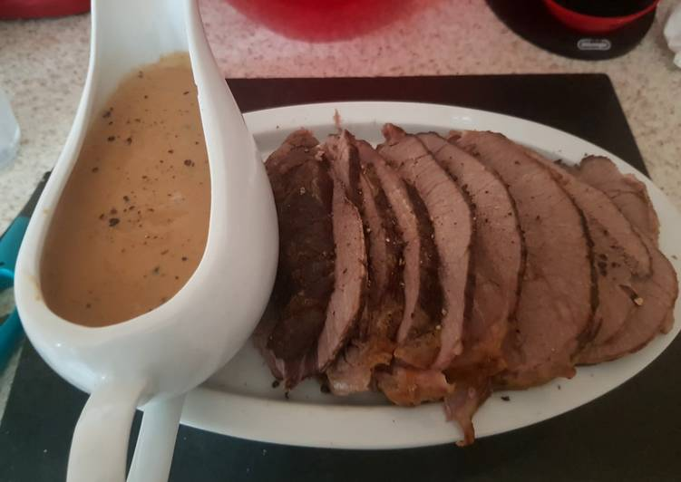 My Slowcooked Peppered Beef with peppercorn Sauce. 😘