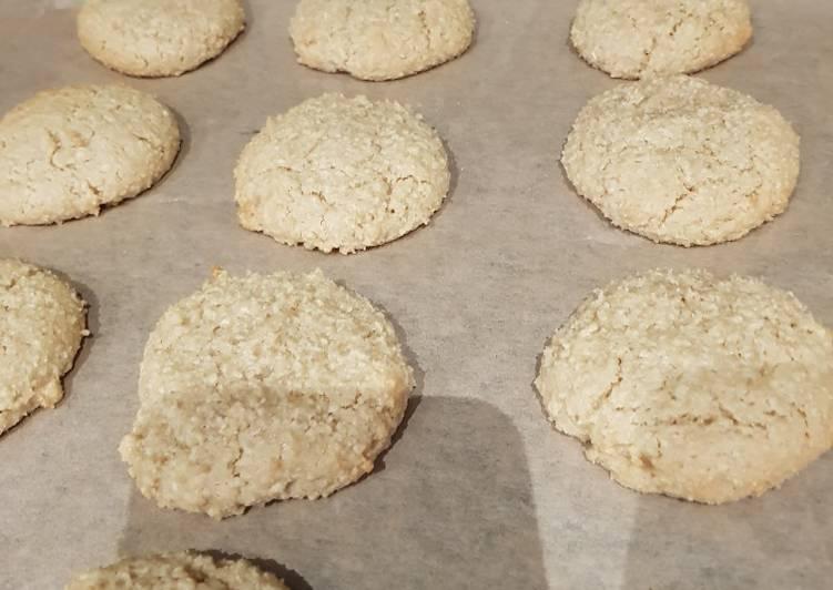 Recipe of Favorite Amaretti Biscuits