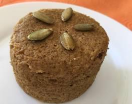 Pumpkin mug cake ? / pan de calabaza en microondas / low carb