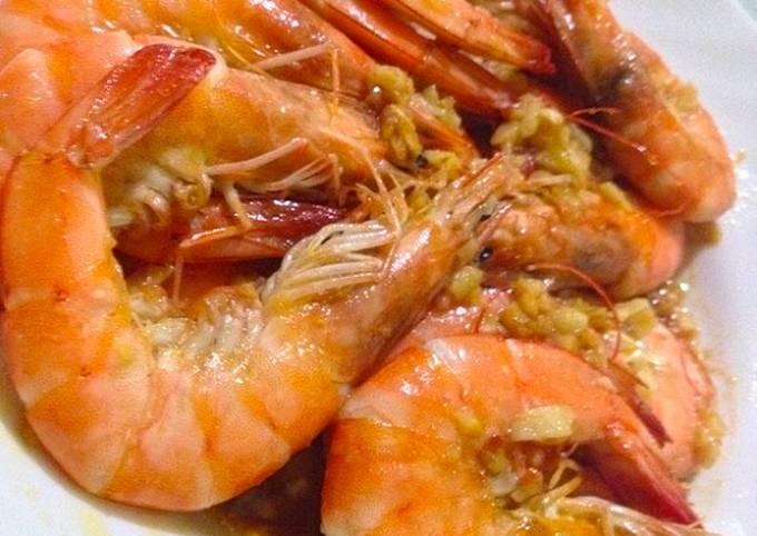 Recipe: Delicious Garlic Butter Shrimps LCHF : Keto