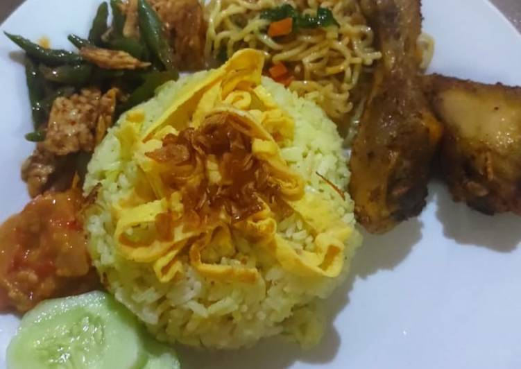 Nasi kuning sederhana