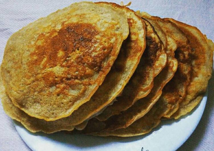 Healthy Atta Banana Pancakes