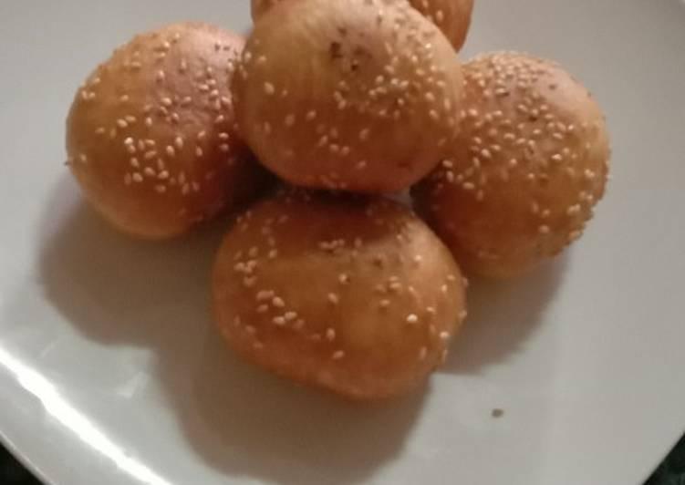 Roti goreng isi cokelat🤤