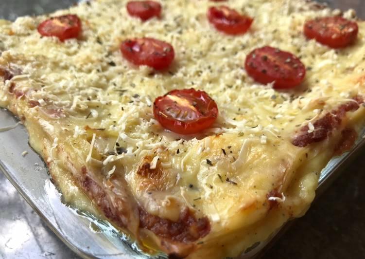 Beef Lasagna w/ Becamel Sauce