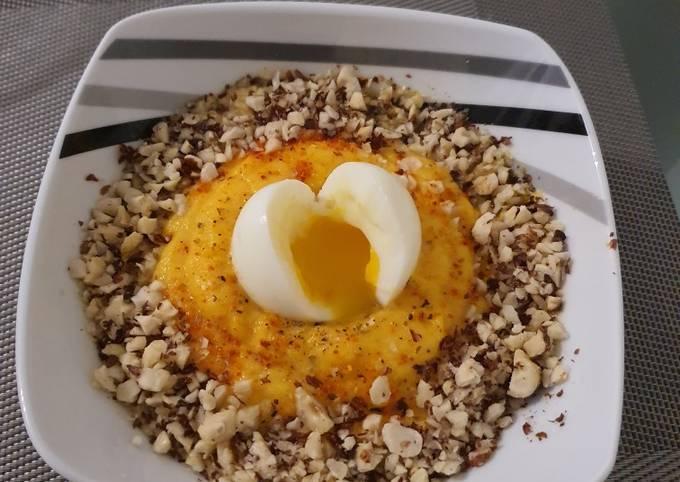 Purée de butternut noisette et oeuf mollet