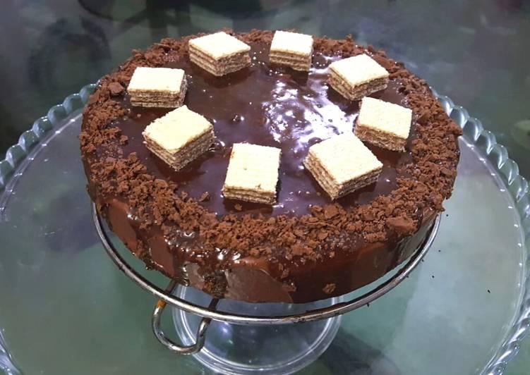 MOIST CHOCOLATE CAKE 😋