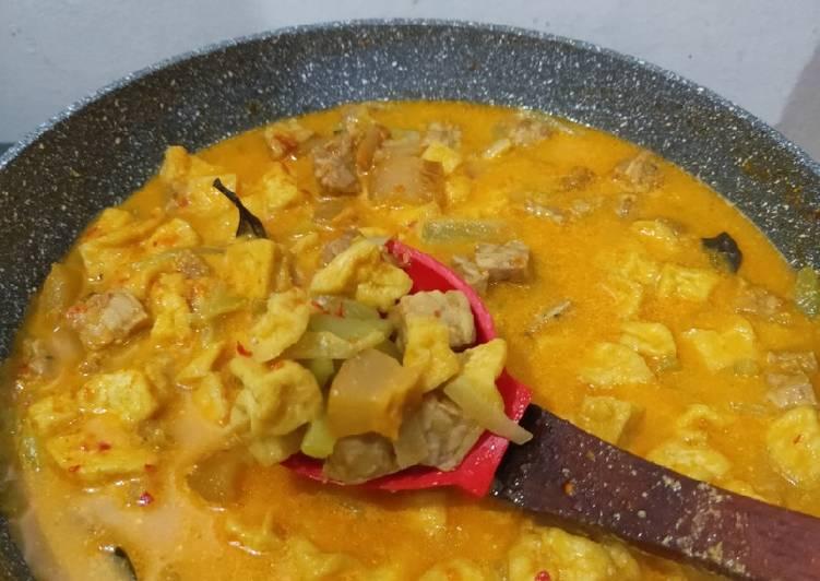 Sayur Labu Siam (krecek/ cecek + tahu + tempe)