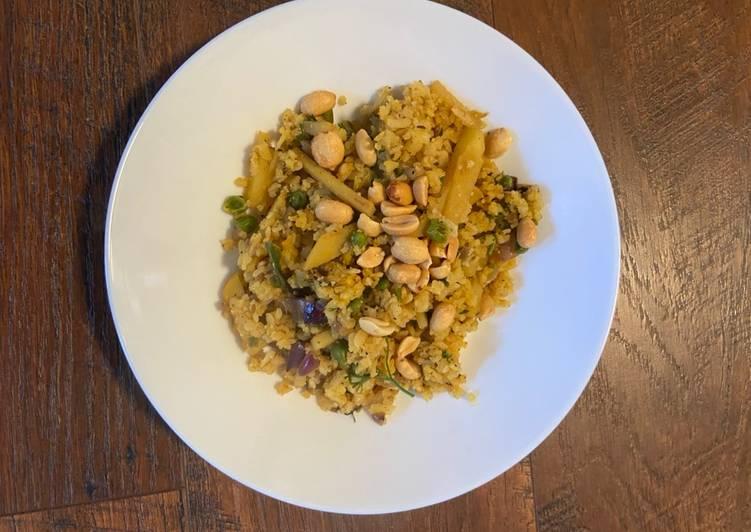 Aloo Matar Poha (pan Indian hybrid recipe) - Laurie G Edwards