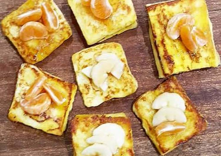 French Toast with Honey Stick