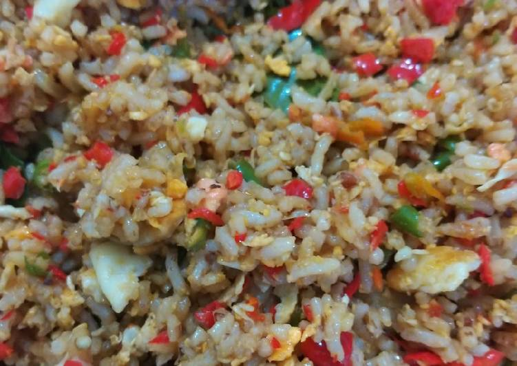 Resep Nasi goreng favorite suami Paling Gampang
