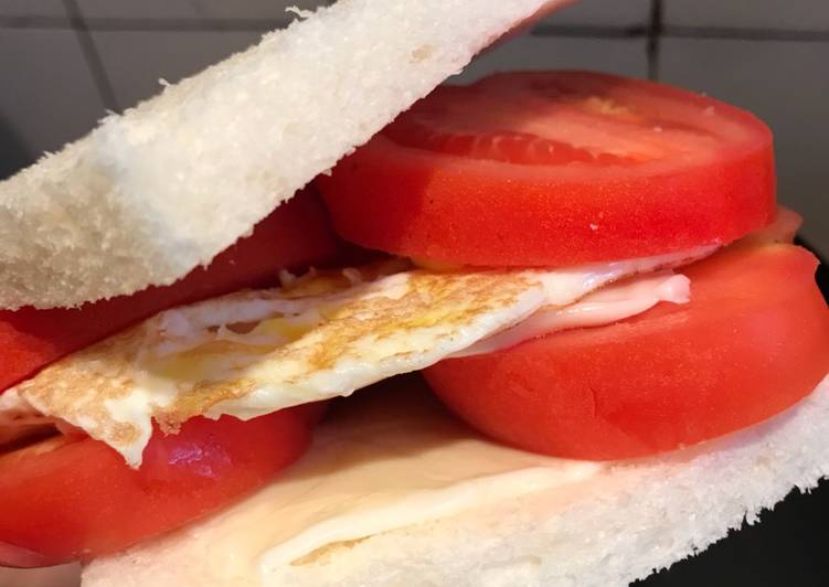 How to Prepare Yummy Fresh Tomatoes Double Sandwich
