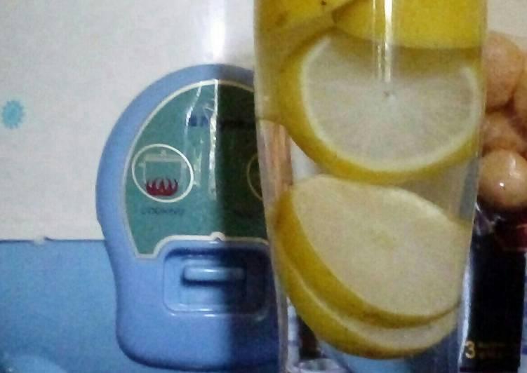 Infused Lemon Water