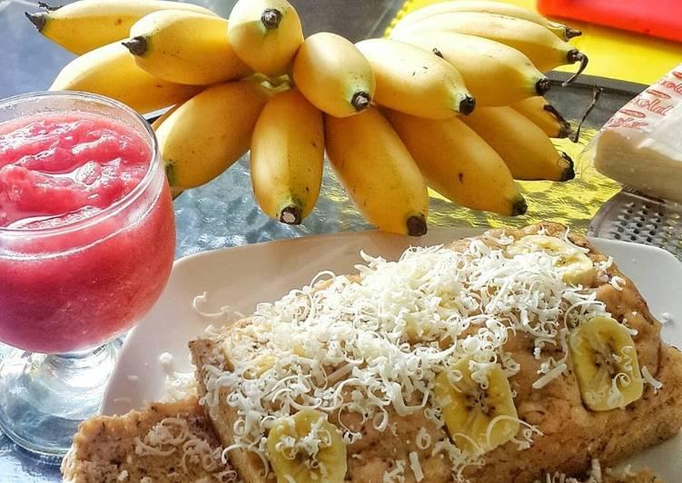 resep menyajikan Bolu pisang kukus topping keju - Sajian Dapur Bunda