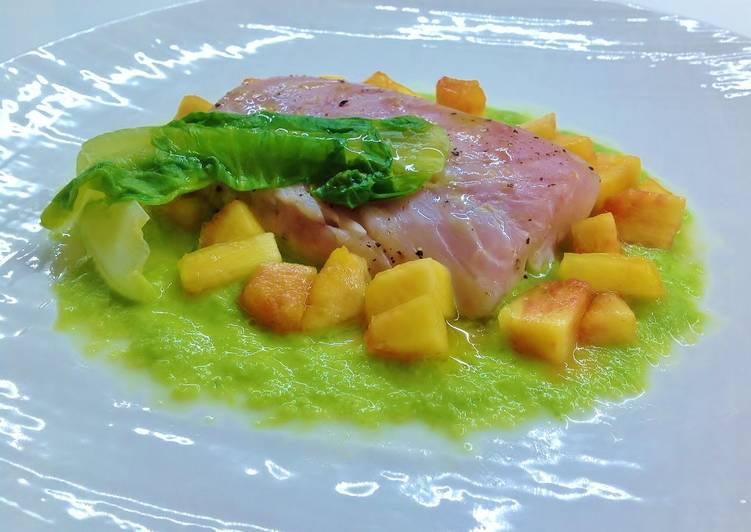 Ricetta Salmone con scarola liquida e pesca marinata al lime