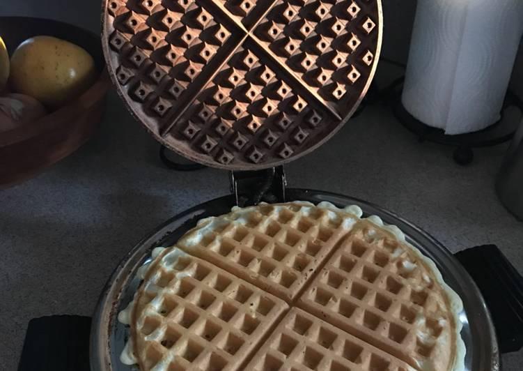 How to Make Award-winning Buttermilk Waffles