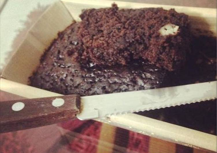 B: Banana Chocolate Coconut Cake