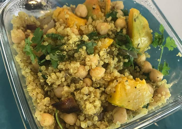 Vegan Moroccan Quinoa with Veggies