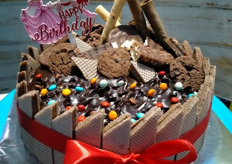 Black Forrest Panggang DCC Base birthday cake