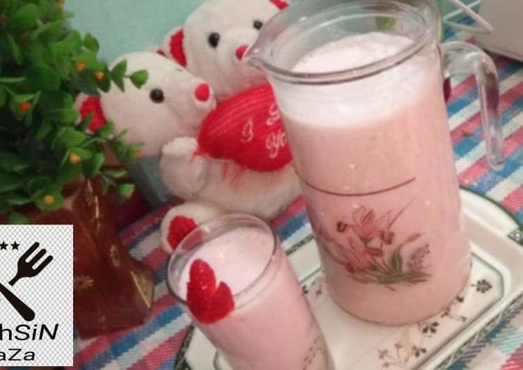 How to Prepare Any-night-of-the-week Strawberry Shake