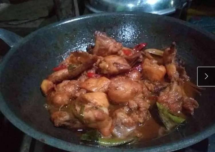 Ayam Kecap Asam pedas