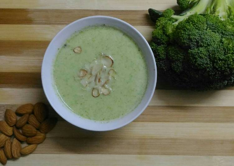 Simple Way To Make Any Night Of The Week Broccoli Almond Soup All Recipes Easy