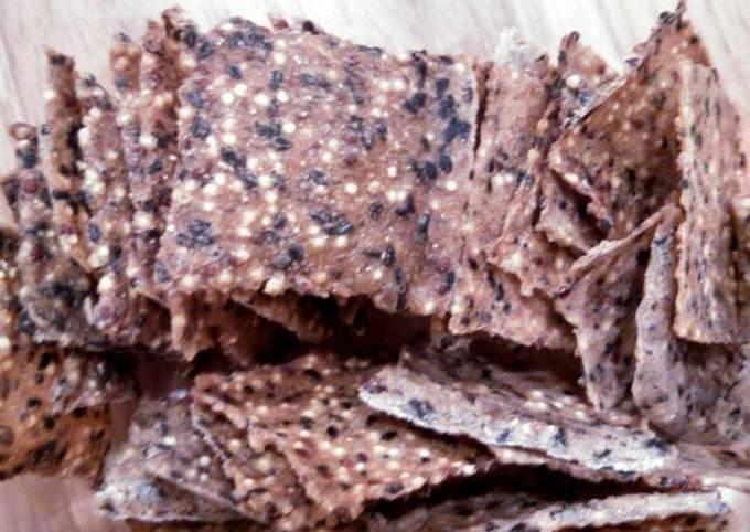 Crunchy whole grain crackers