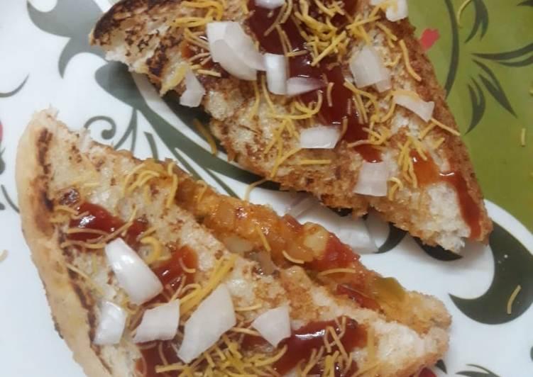 Simple Way to Make Super Quick Homemade Bombay Masala Sandwich