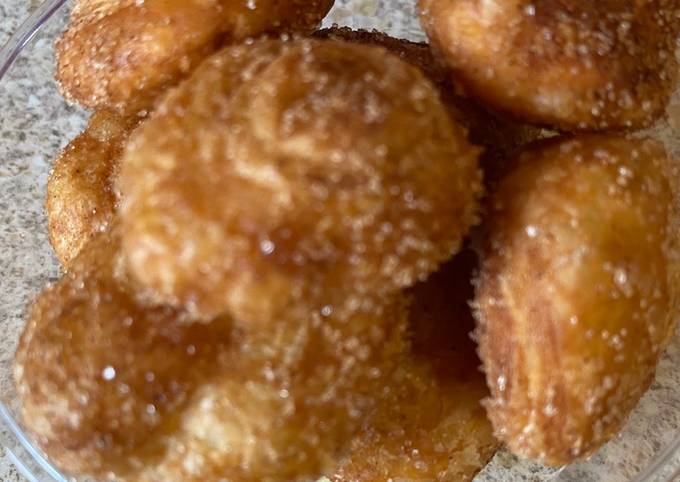 Puff pastry fried rounds