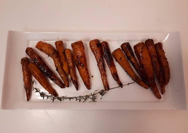 Minis carottes glacée au miel, thym et cannelle