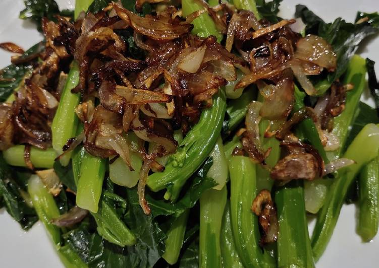 Simple Way to Make Simple Gaylan Top with Fried Shallots