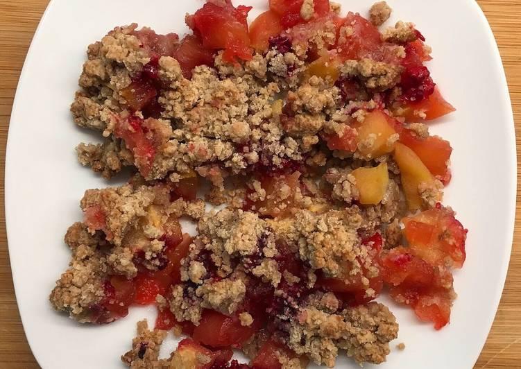 Crumble pommes, framboises et sarrasin