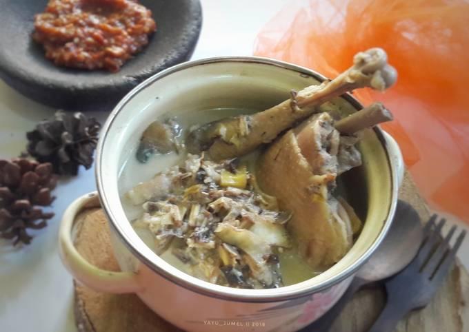 Gudeg jantung pisang + ayam, versi masak magicom