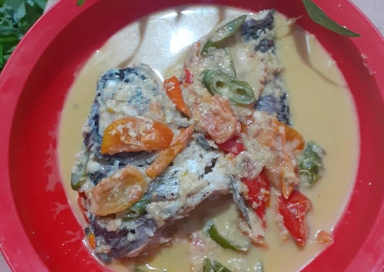 Cara buat Ikan mas bumbu presmol yang lezat dan Mudah Dibuat
