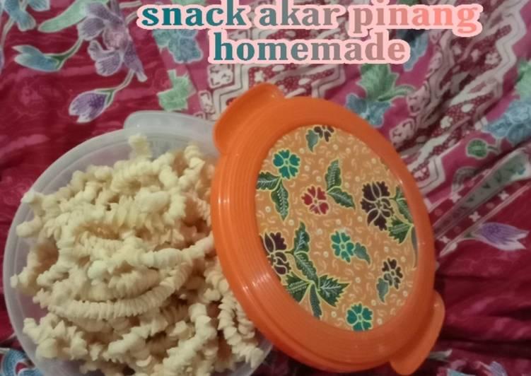 Akar pinang / akar kelapa / kue ulat sutra homemade - cookandrecipe.com