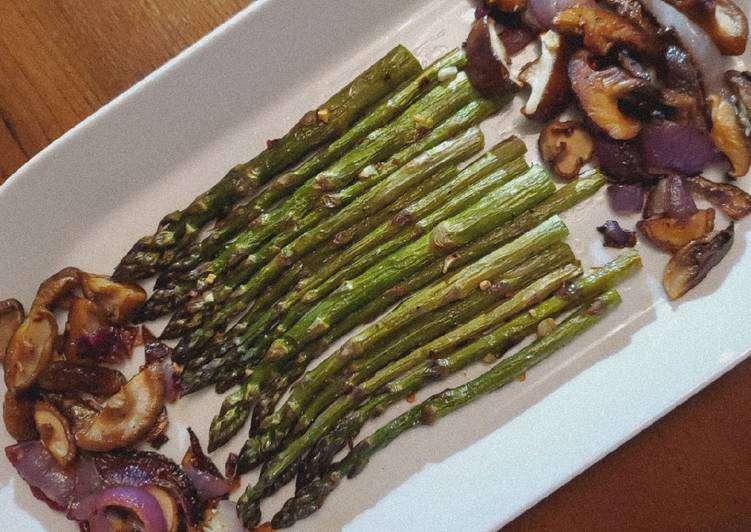 Easiest Way to Cook Delicious Oven-Roasted Asparagus & Shiitake Mushrooms